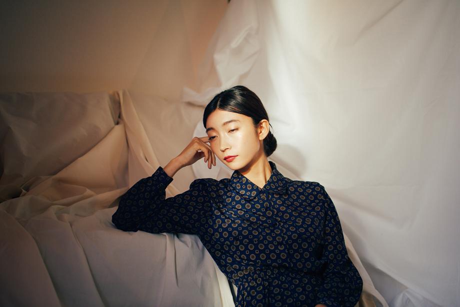 写真家 黒田 明臣のポートレート タムロン SP 45mmで広がった光の描写