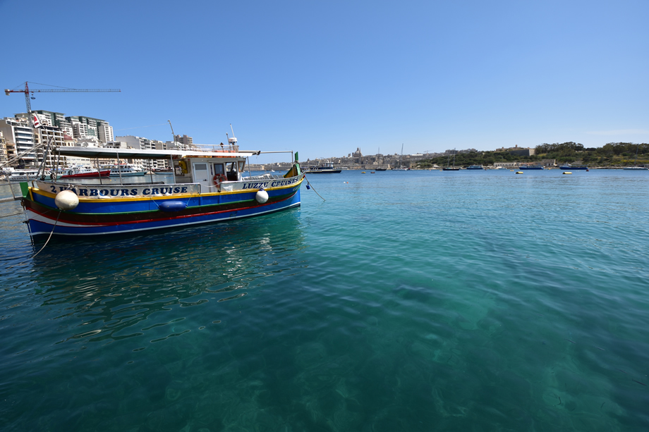 写真家 阿部 秀之が超広角ズームレンズ10-24mmでマルタ島を撮る「画角のちがい、使い分け」第1回