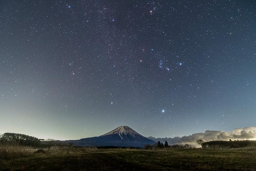 星空写真家 小林 幹也氏によるタムロンSP 15-30mm G2と17-35mmでつくる星景タイムラプス