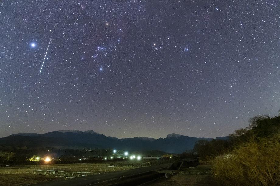 星景写真家 前田 徳彦氏がタムロン超広角ズームSP 15-30mm G2と17-35mmで山中湖畔などの星空を撮影