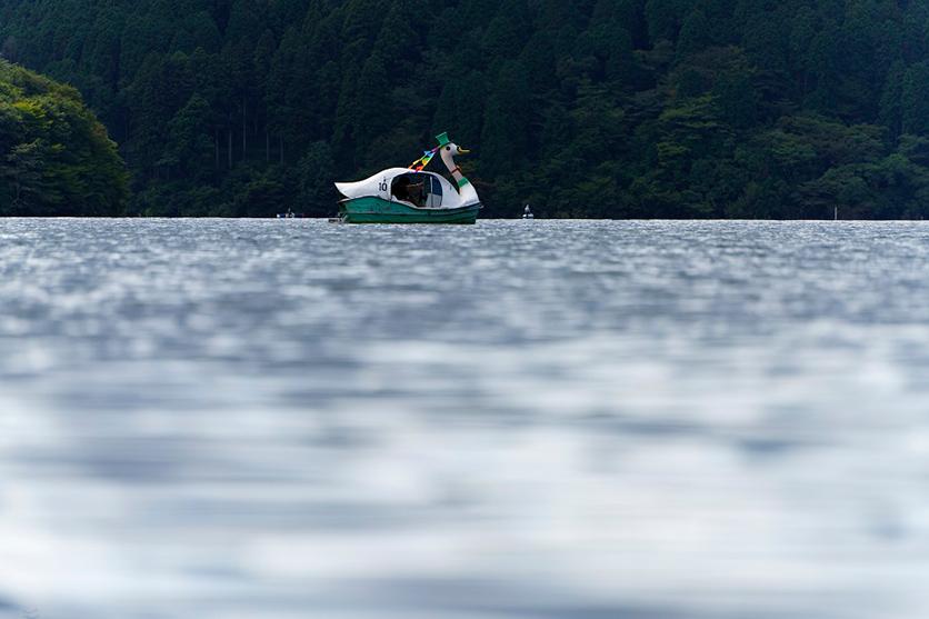 写真家 まるやゆういち氏が新製品タムロン70-300mm F4.5-6.3 (Model A047)を持って、夏の終わりを見つけに箱根へ