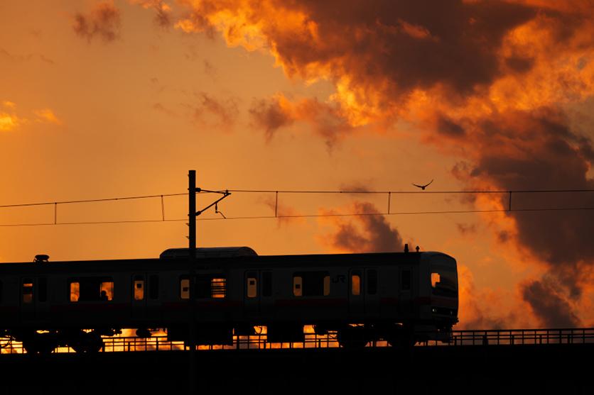 鉄道写真家 遠藤 真人氏がタムロン 70-300mm F4.5-6.3 (Model A047)とゆく、鉄路の光を求める旅
