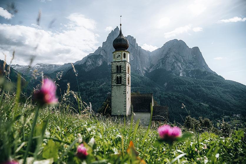 写真家 Luke Stackpoole氏が、タムロン17-70mm F2.8 (Model B070)でイタリアのドロミテを訪れて自然風景を撮影。全15カットを公開