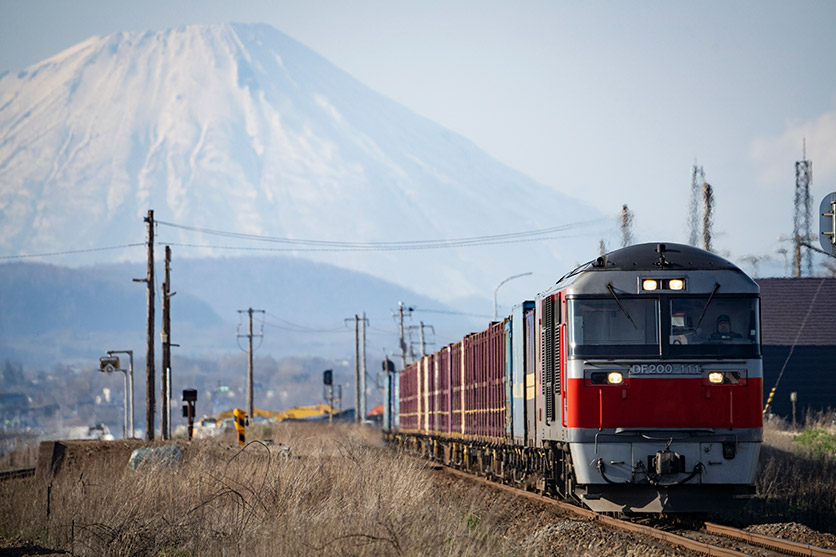 鉄道写真家 山下 大祐氏が、タムロン150-500mm F5-6.7 (Model A057)で撮影する鉄道写真の魅力、全9作品を公開
